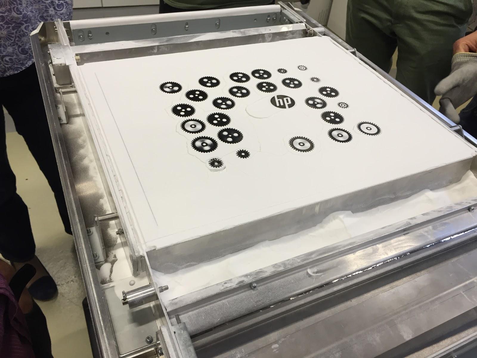 shapeways_hp_mulit_jet_fusion_3d_printer1